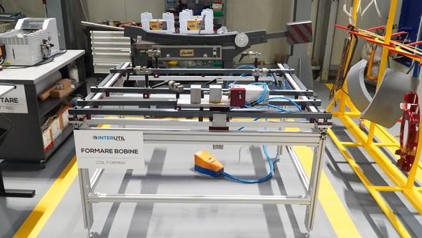 Dipozitiv formare bobine rotor AZ 1000
